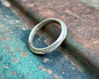 Size 11 Narrow Stamped Sterling Silver Ring for Men, Carinated Ridge Simple Band, Native American