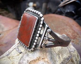 Fred Harvey Era Agate Sterling Silver Cuff Bracelet for Women, Native American Indian Southwestern Jewelry