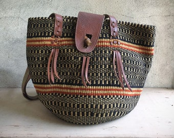 Vintage Beige Black and Red Sisal Straw Purse with Leather Closure and Strap, Bohemian Tote Hippie Bag, African Basket