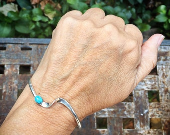 Dainty Thin Wavy Turquoise Bracelet for Women, Native American Indian Sterling Silver Jewelry