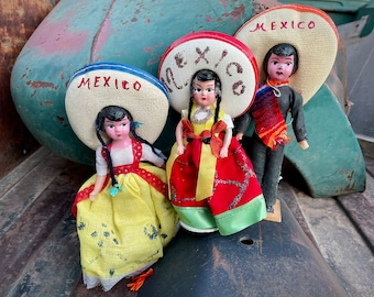 Three Vintage Mexican Souvenir Dolls Family Traditional Costume, Granddaughter Gift, Collectible