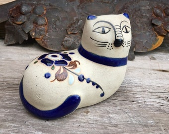 Tonala Pottery Cat Figurine Mexico Folk Art, Rustic Bohemian Southwestern Decor, Shelf Display