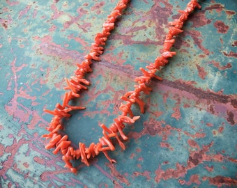 Vintage Natural Red Coral Branch and Heishi Necklace for Women, Southwestern Jewelry, Girlfriend Gift, 1960s Jewelry Native America Indian