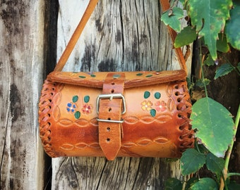 Small Saddle Bag Mexican Tooled Leather Acapulco Vintage Souvenir Purse for Girl Boho Hippie Style