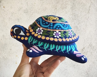 Large Vintage Colorful Ceramic Turtle Trinket Box, Guererro Mexican Pottery Tortoise with Shell Lid