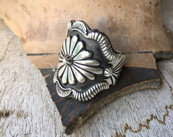 Vintage Sterling Silver Cigar Band Ring for Women, Southwestern Jewelry, Bohemian Ring, Navajo Jewelry