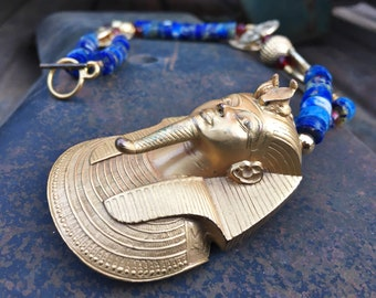 1977 King Tut Pendant from Museum of Modern Art on Lapis Lazuli Heishi Necklace, Egyptian Revival