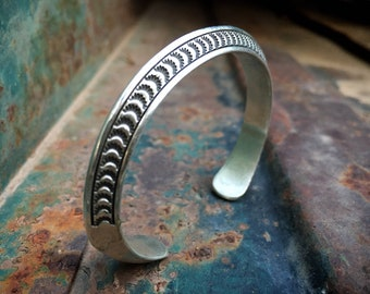 35g Carinated Sterling Silver Cuff Bracelet for Women Men Unisex, Navajo Native American Jewelry