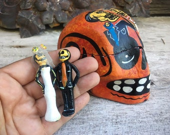 Paper Mache Skeleton Calavera Box with Day of the Dead Wedding Couple Figurines, Skeleton Art, Mexican Folk Art, Bridal Shower Decoration