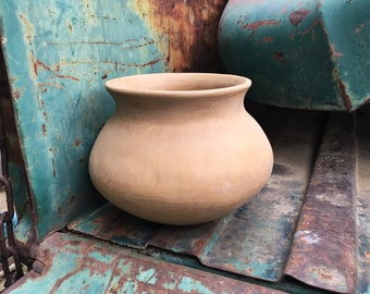 Mata Ortiz Pottery Casas Grandes Simple Burnished Olla Pot, Mexican Art Southwestern Decor