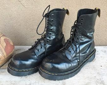 Made in England Dr Martens (UK Size 9) Men's Black Leather Combat Boot, Vintage Docs