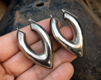1980s Silver Plated Pointy Hoop Earrings for Woman, Mexican Taxco Sculptural Style Jewelry
