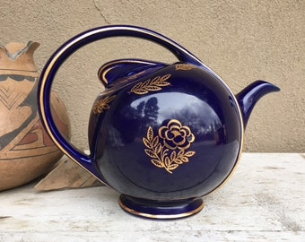 USA Hall China Cobalt Blue Airflow Teapot with Gilt Floral Design, Art Deco Style Kitchen Decor