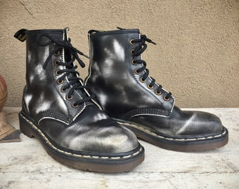 Made in England Dr Martens Boots Black White Splotched UK Size 5, US Women's Size 7 1460 Docs