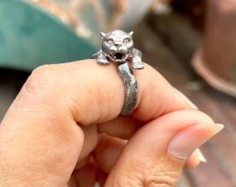 Vintage Sterling Silver Wrap Around Cat Ring for Women, Modernist Jewelry, Cat Lover Gift