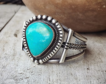 56g 1950s Turquoise Cuff Bracelet for Women, Native American Indian Jewelry Navajo Old Pawn