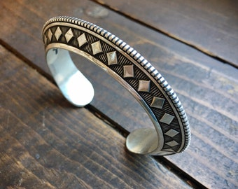 120g Heavy Gauge Carinated Sterling Silver Cuff Bracelet, Navajo Native American Indian Jewelry