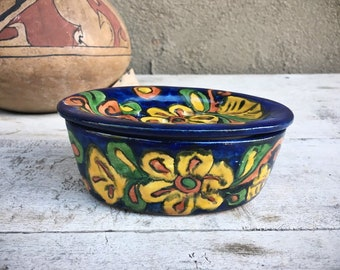 Hand-Painted Talavera Pottery Soap Dish Dark Blue Yellow Floral Pattern, Rustic Southwestern Bathroom Decor, Mexican Majolica Soap Holder