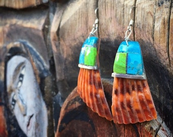 Gaspeite Turquoise Earrings Inlay on Spiny Oyster Shell, Santo Domingo Native American Indian Jewelry