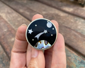 Vintage Small Pill Box Celestial Scene Inlaid German Silver (Alpaca), Mexican Accessory for Purse
