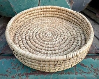 Vintage Shallow Coiled Grass Basket, Earthtone Color, Primitive Decor, African or Native Style
