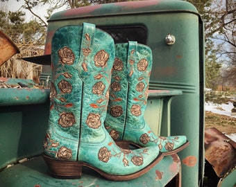 Pre-owned Lucchese Cowgirl Boots Size 8 B Turquoise Roses & Thorns Embroidery, Cowboy Boots for Women Southwestern Style