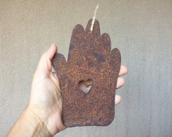 Vintage Rusty Rustic Metal Hand Ornament, Farmhouse Decor, Vintage Christmas Tree Decoration