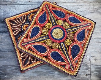 Pair of Woven Straw Rattan Trivets Colorful Home Decor Organic Interiors, Hot Plate Holder