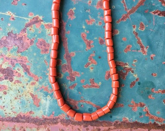 """17"""" Coral Bead Choker Necklace for Women, Vintage Native American Indian Jewelry, Natural Coral, Girlfriend Gift for Her, Boho Hippie Choker"""