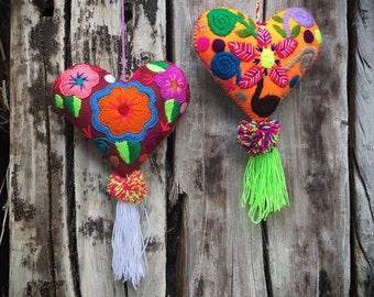Hand Embroidered Felt Heart Ornaments Wall Hanging Chiapas Mexico Folk Art, Colorful Mexican Home Decor