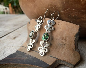 Vintage 925 Sterling Silver Dangle Earrings with Light Green Color Crystal, Boho Jewelry
