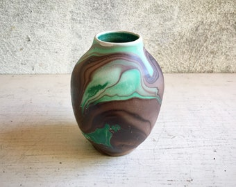 Small Nemadji Swirled Clay Pottery Vase in Green Brown Swirl, Native American Style Souvenir