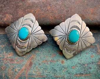 Vintage Sterling Silver Turquoise Clip On Earrings Scalloped Edge, Native American Jewelry Women