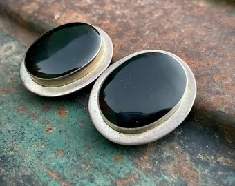 Large Modernist 1930s Oval Black Onyx 925 Sterling Silver Clip On Earrings, Mexican Jewelry Women, Mother's Day Gift for Non Pierced Ears