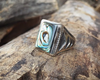 Men's Ring with Abalone and Sterling Silver, Native American Indian Jewelry, Vintage Ring for Men