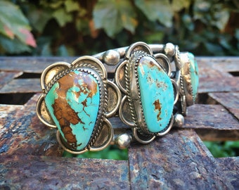 75g Substantial Turquoise Cuff Bracelet for Women or Men, Navajo Made Native America Indian Jewelry