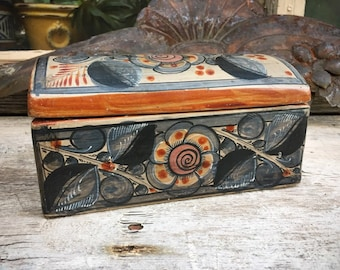 Burnished Pottery Lidded Box from Tonala Mexico Trinket Box, Storage for Buttons and Crafts