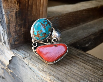Matrixed Turquoise and Red Spiny Oyster Ring Size 8.25, Navajo Native American Indian Jewelry