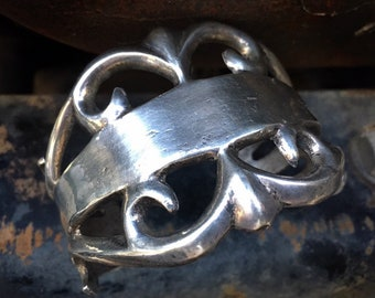 82g 1940s Sterling Silver Sandcast Cuff Bracelet for Women Men, Navajo Native America Indian Jewelry