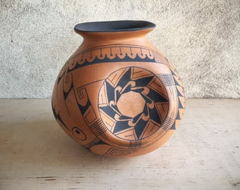 Vintage Micaceous Clay Pottery Mata Ortiz Pot or Olla, Mexican Pottery, Southwestern Decor