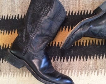 Vintage Nocona Cowboy Boots Men's Size 7 B (Women's Size 8.5) Black Leather Cowgirl Boots, Roper Boots, Western Boots for Women, Boho Boots