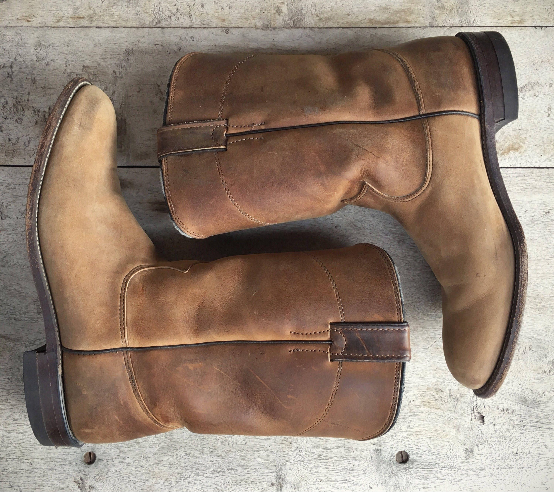 34c840ec2ce79 Vintage cowboy boots Women's size 9 B distressed leather Justin ...
