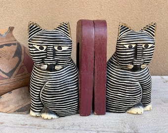 Vintage Painted Wood Cat Bookends Indonesia, Black White Striped Kitty Folk Art, Bohemiaan Decor