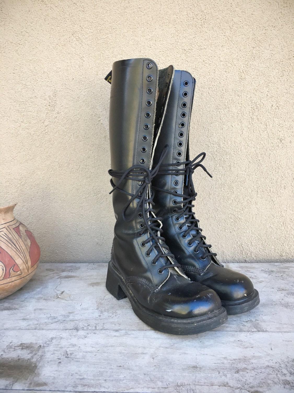1ed037d24234 Vintage Dr Martens 20 eyelet combat boots Women UK 5 to 5.5 (US 7 ...
