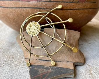 Vintage Mexican Modernist Big Brass Brooch Pin for Jacket Hat, Midcentury Jewelry for Women