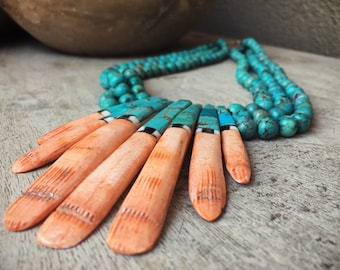 Vintage Santo Domingo mosaic inlay spiny oyster with turquoise beads ceremonial necklace Native American Indian jewelry