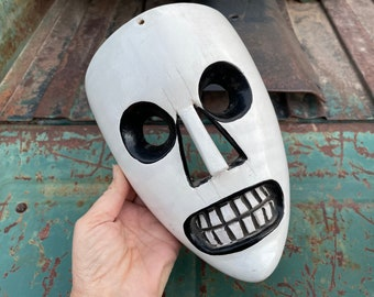 Scary Face Peruvian Mask Wall Hanging Painted White Black, Rustic Home Bohemian Decor, Wall Art