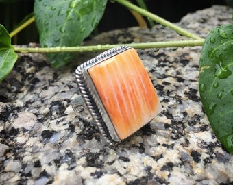 Huge Ring with Spiny Oyster Size 9.5 Unisex Ring for Men Women Native American Indian Jewelry