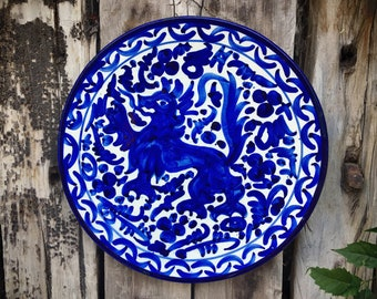 Antique Hand Painted Kingdom of Leon Spanish Pottery Charger Plate with Lion Rampant