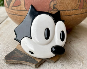 Large Plastic 1988 Black White Cat Brooch Pin, Vintage Cartoon Comedy Jewelry for Women Men